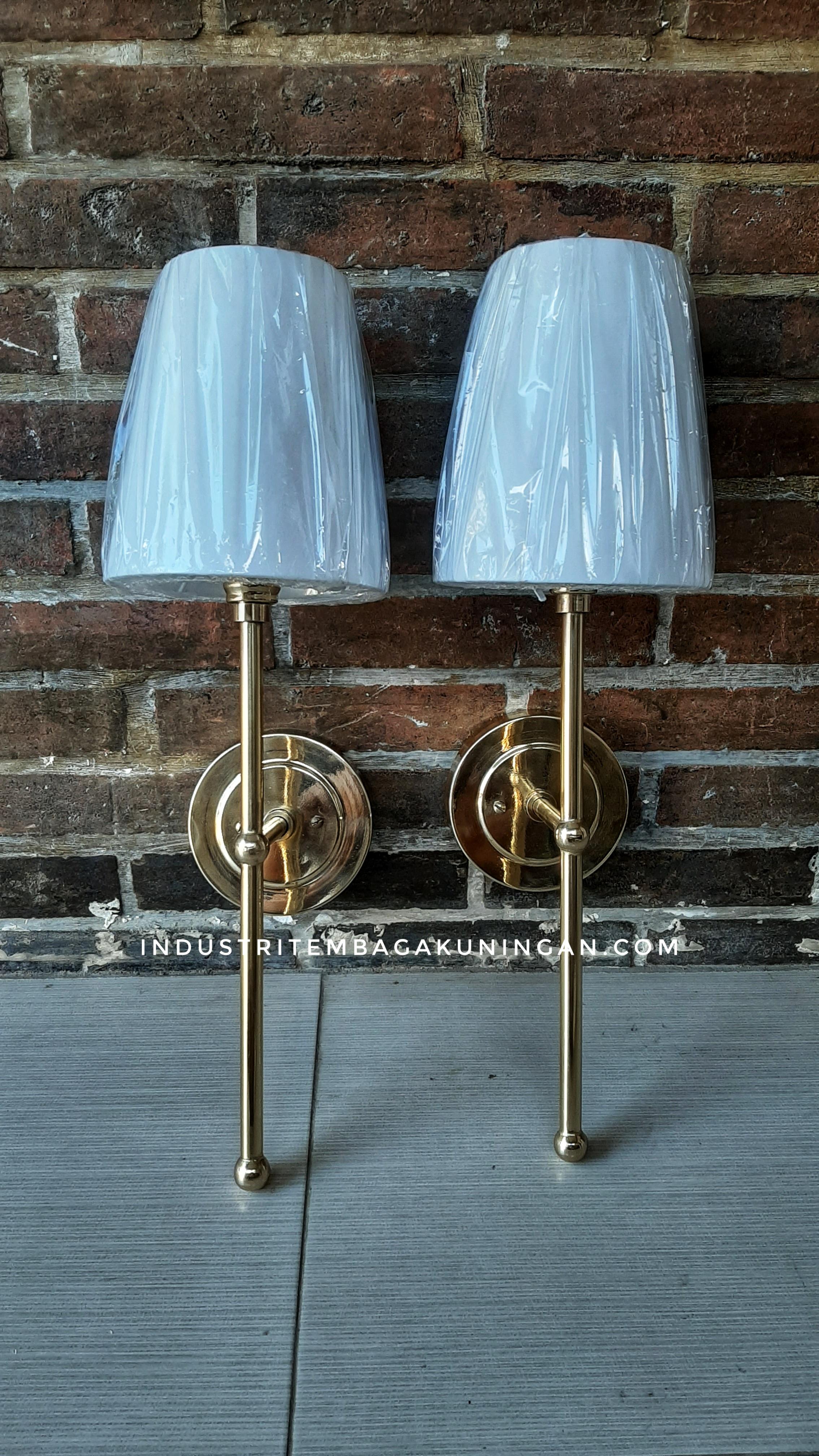 Lampu Dinding Kuningan Minimalis